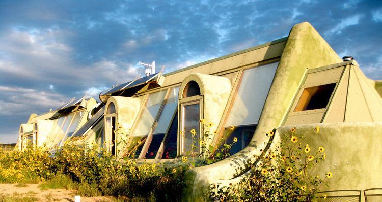Mike Reynolds (architect) MIKE REYNOLDS 2 HIGH MEADOW DRIVE Santa Fe Modern Home Tour