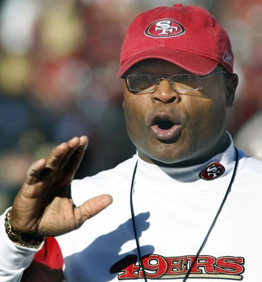 Mike Singletary What Mike Singletary contributed to the 49ers Niner Insider