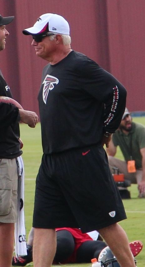 Mike Smith (American football coach) FileMike Smith American football coach 2013jpg