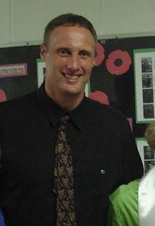 Mike Smrek httpsuploadwikimediaorgwikipediacommonsthu