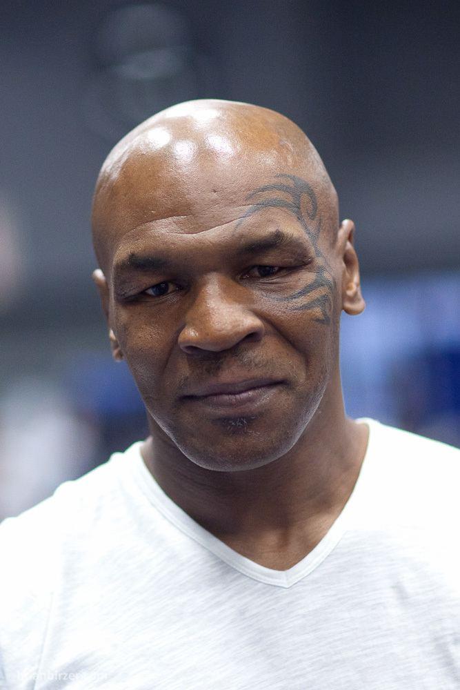 Mike Tyson httpsuploadwikimediaorgwikipediacommonsff