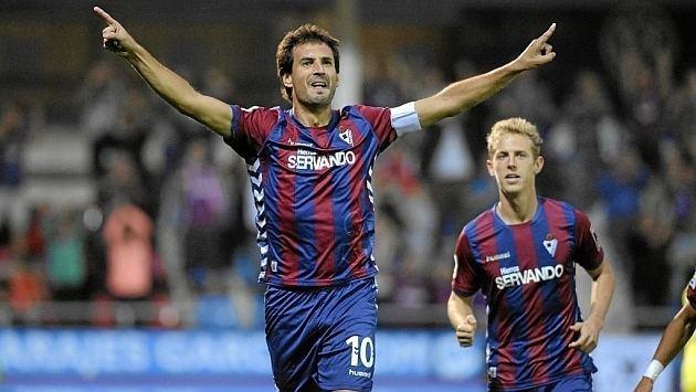 Mikel Arruabarrena Arruabarrena marca su primer gol en Primera justo antes de