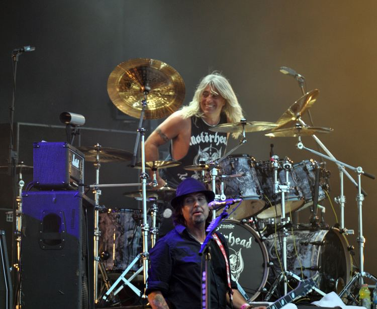 Mikkey Dee FilePhil Campbell and Mikkey Dee of Motrhead at Wacken