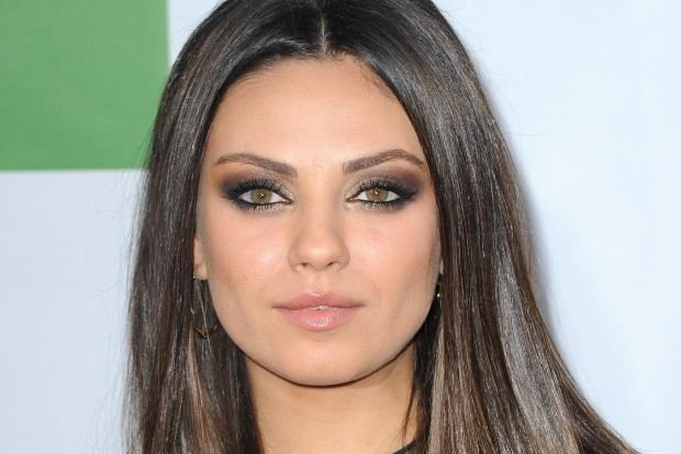 Mila Kunis Mila Kunis Is Being Sued Over A Chicken Hollywire
