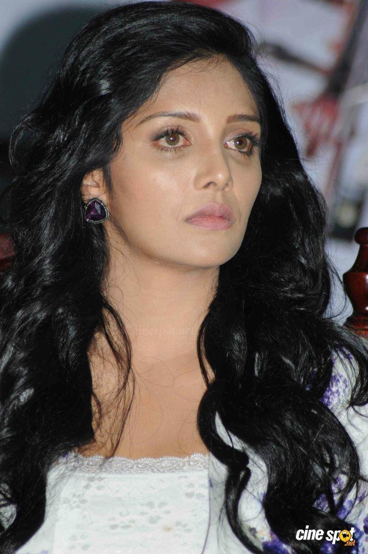 Milana Nagaraj MilanaNagarajatCharlieAudioRelease15jpg