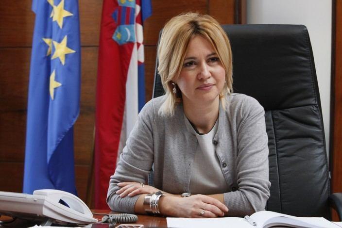 Milanka Opacic MIlanka Opai nastavlja diskriminatornu praksu prema LGBT
