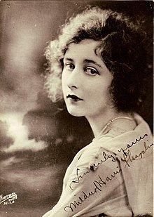 Mildred Harris httpsuploadwikimediaorgwikipediacommonsthu
