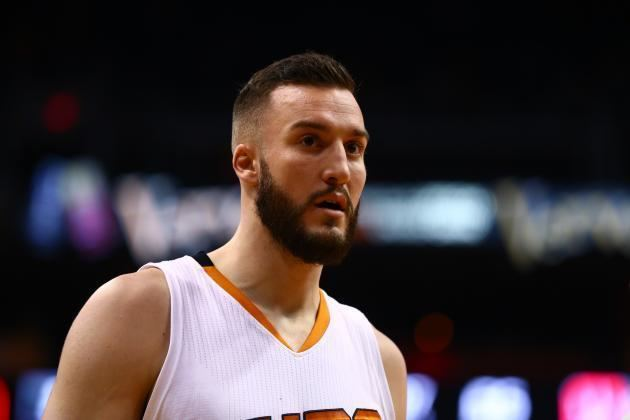 Miles Plumlee Miles Plumlee Traded to Milwaukee Bucks Bleacher Report
