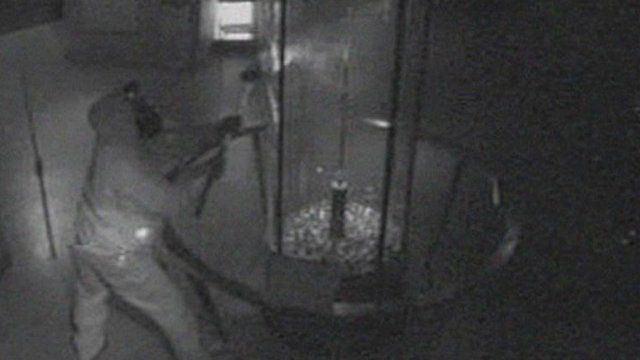 Millennium Dome raid Failed Millennium Dome diamond raiders captured on CCTV BBC News