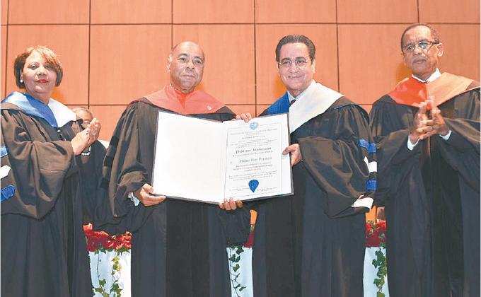 Milton Ray Profesor UASD reconoce al presidente del TC Milton Ray Listn