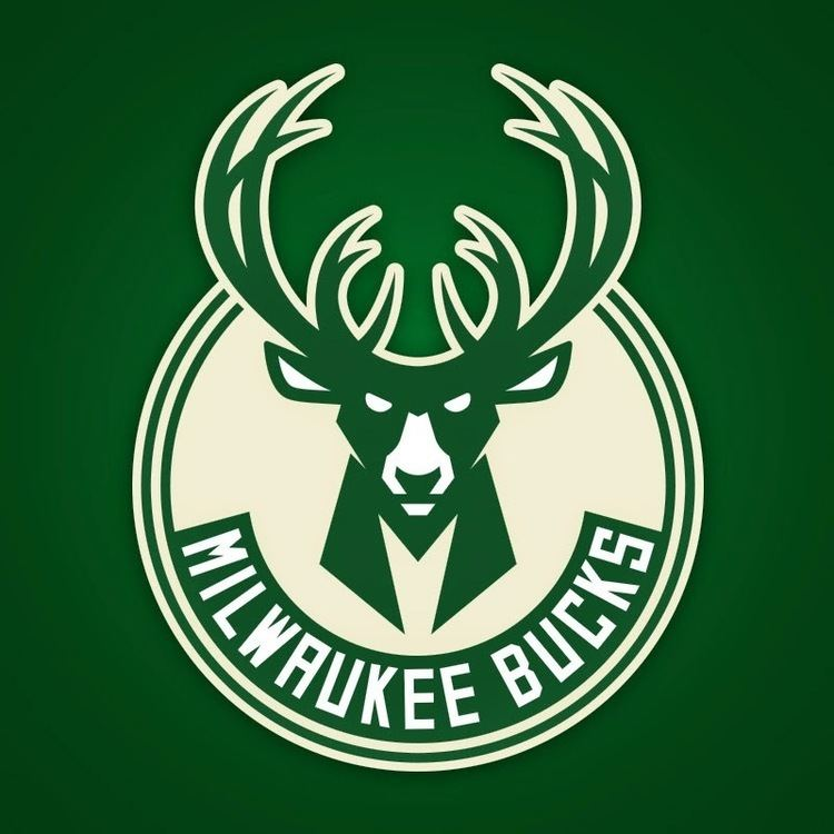 Milwaukee Bucks httpslh4googleusercontentcomldoVAVPteqsAAA