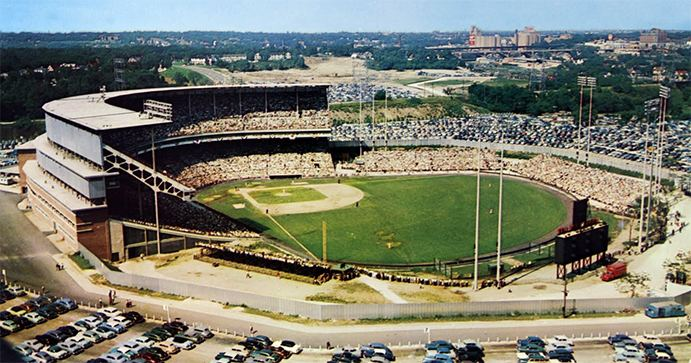 Milwaukee County Stadium The Ballparks Milwaukee County Stadium