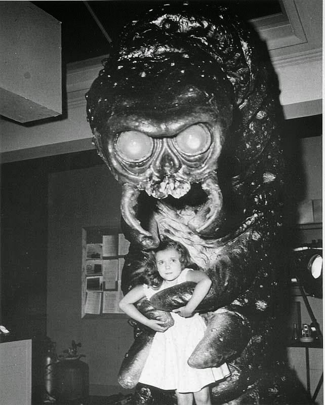 Mimi Gibson Child actress Mimi Gibson on set with the creature from