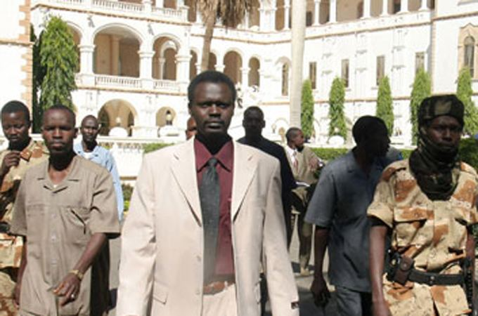 Minni Minnawi Darfur leader 39ready to do battle39 Al Jazeera English