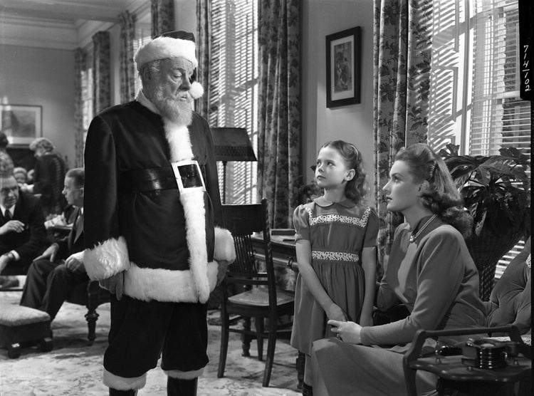 Miracle on 34th Street (1973 film) movie scenes A 1973 TV remake starring Jane Alexander a pre Good Morning America David Hartman and as legally entangled Kris Kringle Mr French from Family Affair
