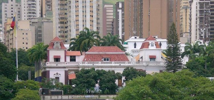 Miraflores Palace FileMiraflores 2010JPG Wikimedia Commons