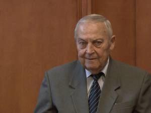 Mircea Drăgan Local Maestrul Mircea Dragan a primit titlul de Cetatean de onoare