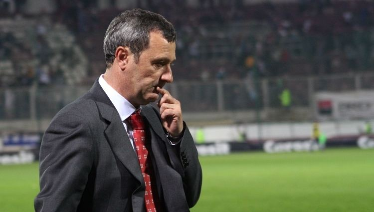Mircea Rednic MIRCEA REDNIC ESTE PE PICIOR DE PLECARE DE LA PETROLUL