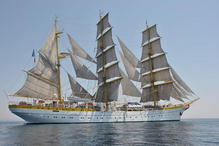 Mircea (ship) httpsregatamarilorveliererowpcontentuploads