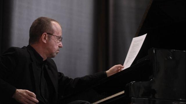 Mircea Tiberian 40 de ani de jazz cu Mircea Tiberian TVRRO