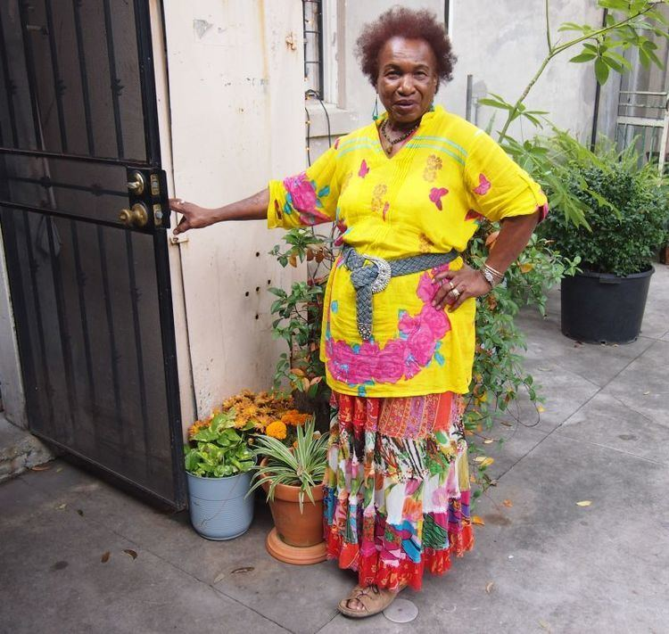 Miriam Chamani New Orleans Voodoo and Cemeteries Travel2Next
