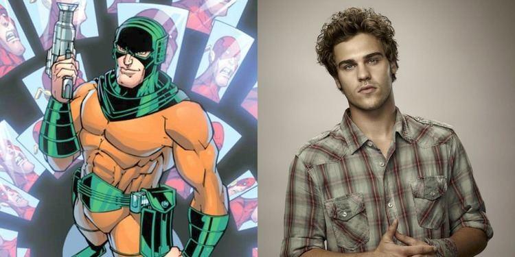 Mirror Master The Flash Season 3 Casts Grey Damon as Mirror Master