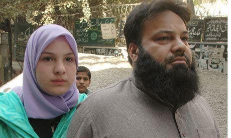 Misbah Rana Schoolgirl who fled UK to live in Pakistan returns to