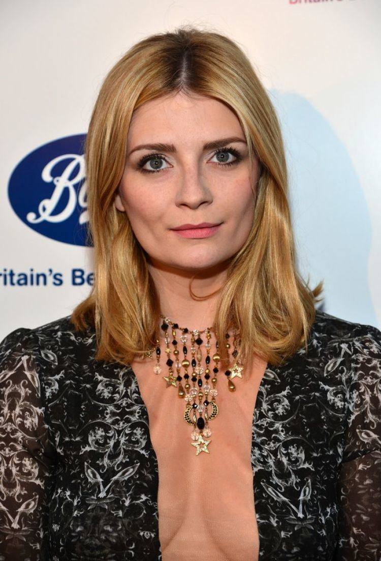Mischa Barton (born 1986 (naturalized American citizen)