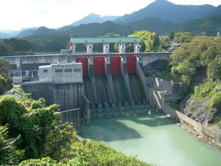 Misedani Dam httpsuploadwikimediaorgwikipediacommonsbb