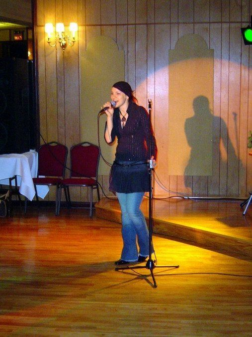 Misha (singer)