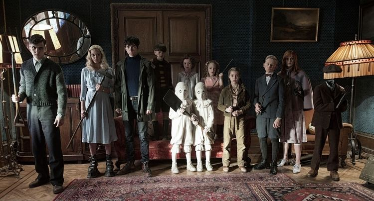 Miss Peregrine's Home for Peculiar Children (film) Miss Peregrines Home For Peculiar Children Own it on Digital HD