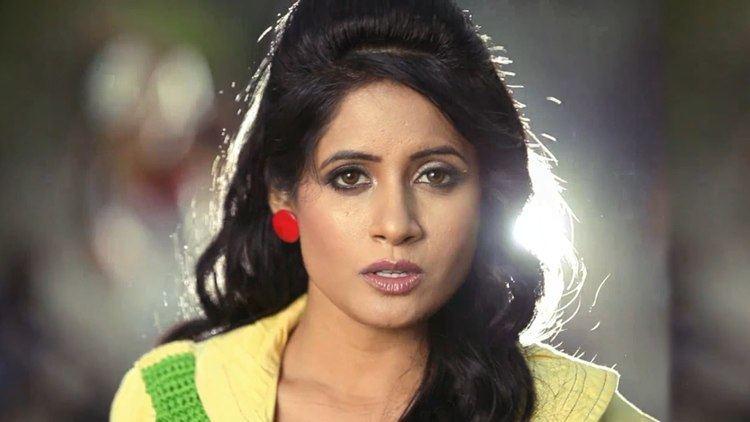 Miss Pooja Miss Pooja Mundeyan Nu Daure Pai Gaye Official Video