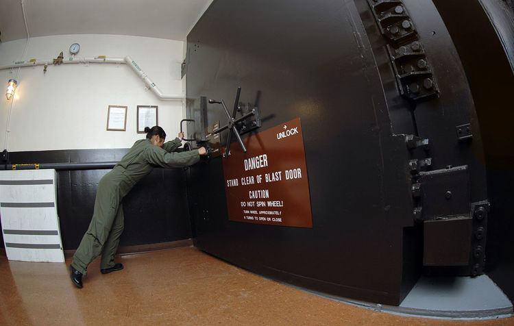 Missile combat crew