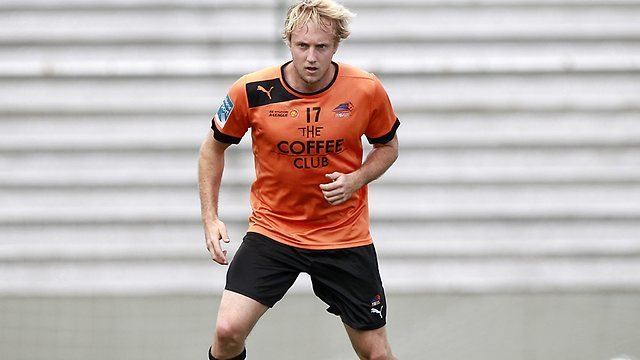 Mitch Nichols Mitch Nichols back with Brisbane Roar after failing to