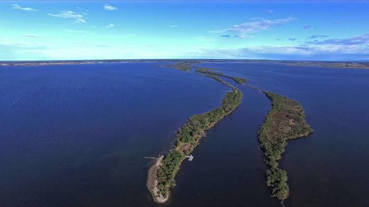 Mitchell River silt jetties Gippsland Lakehouse Part 3 The Mitchell River Silt Jetties YouTube
