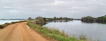 Mitchell River silt jetties httpsuploadwikimediaorgwikipediacommonsthu