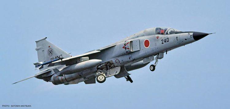 Mitsubishi F-1 Hasegawa 148 Mitsubishi F1 6SQ Sea Camouflage Limited Edition