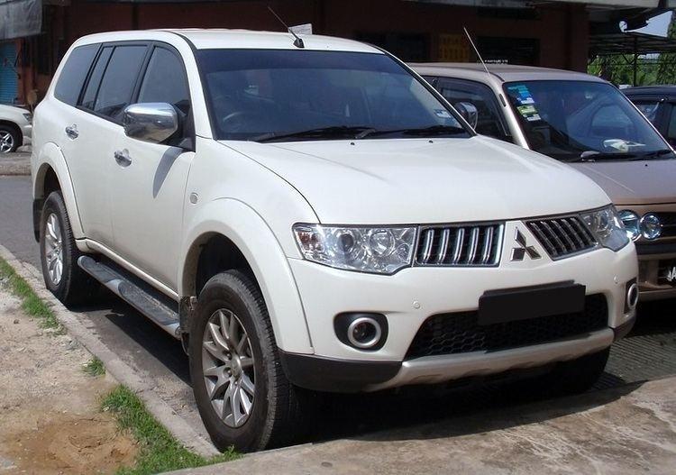 Mitsubishi Montero Sport sudden unintended acceleration incident