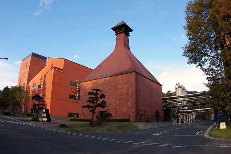 Miyagikyo distillery The Miyagikyo Distillery dekant
