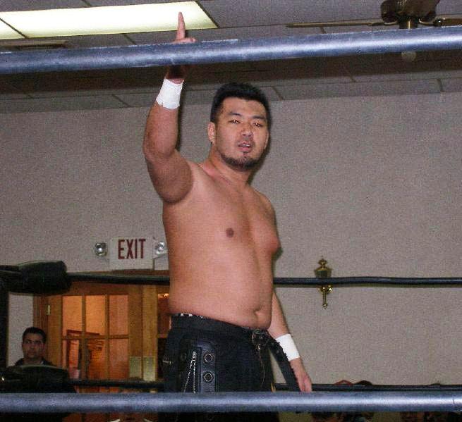 Miyawaki (wrestler)