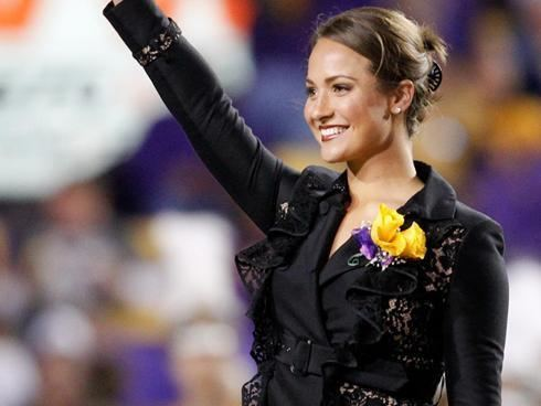 Mo Isom Female kicker Mo Isom gets tryout for LSU football team