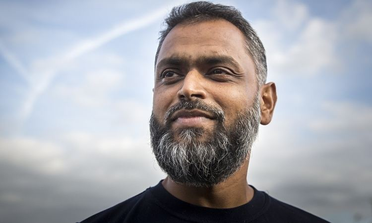 Moazzam Begg Moazzam Begg was in contact with MI5 about his Syria