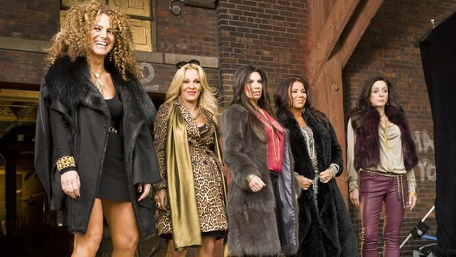 Mob Wives Chicago VH1 Bumps Off quotMob Wives Chicagoquot NBC Chicago