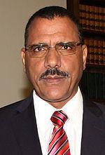 Mohamed Bazoum httpsuploadwikimediaorgwikipediacommonsthu