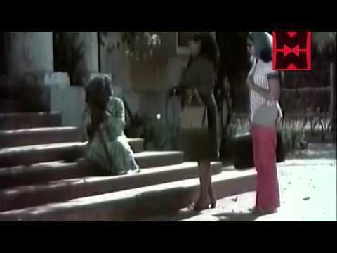 Mohan Sharma Chattakkari Malayalam Movie 1974 Romantic Scene Mohan Sharma
