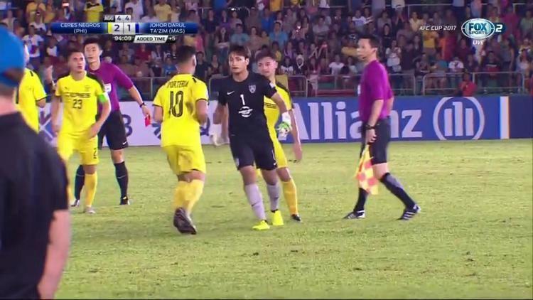 Mohd Farizal Marlias VIDEO Farizal Marlias loses his cool vs Ceres gets sent off by