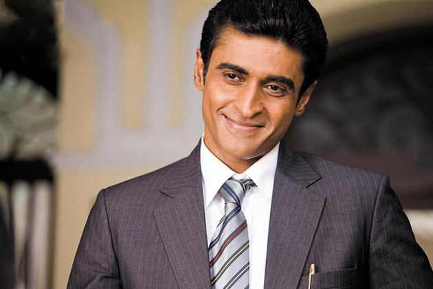 Mohnish Bahl Mohnish Bahl to quit 39Kuch Toh Log Kahenge39 IBNLive