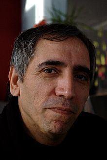 Mohsen Makhmalbaf httpsuploadwikimediaorgwikipediacommonsthu