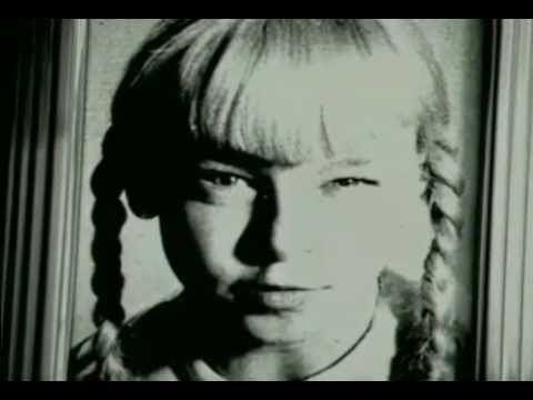 Mommy (1995 film) Mommy Trailer 1995 Patty McCormack YouTube