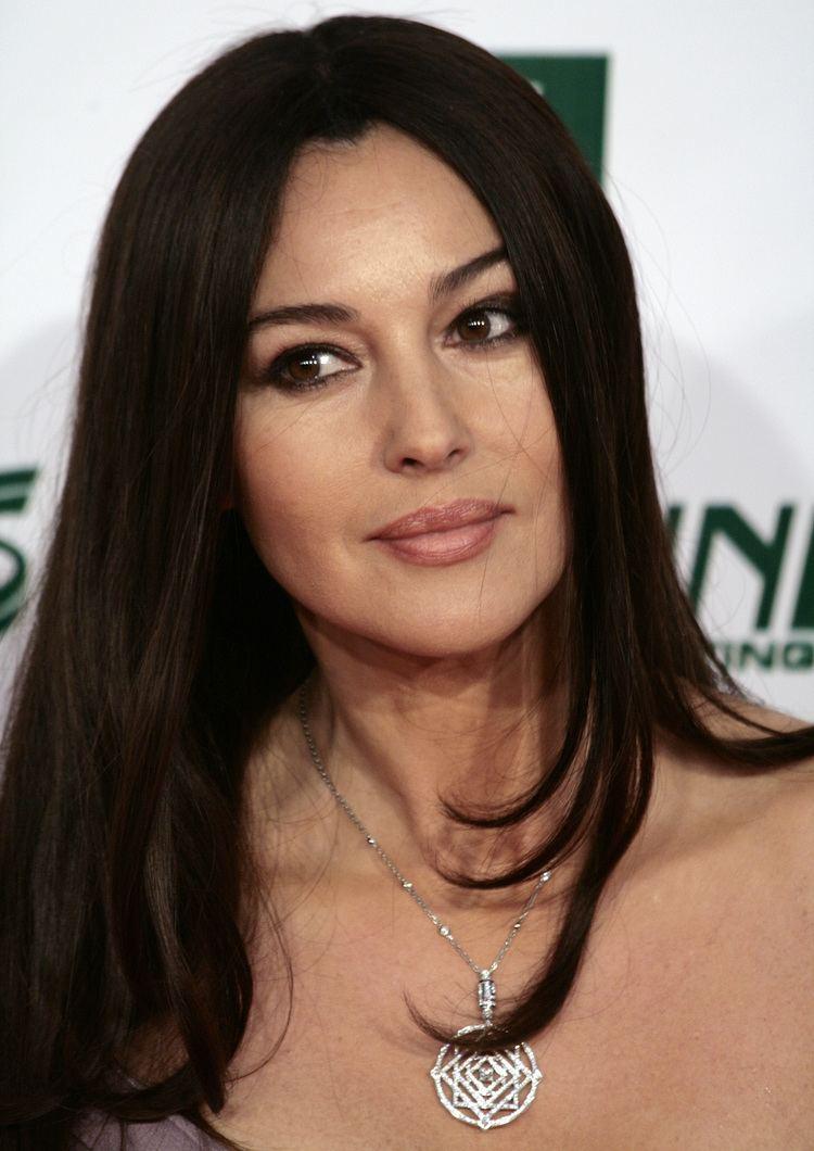 Monica Bellucci httpsuploadwikimediaorgwikipediacommons33